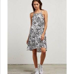 Volcom Soul Window Dress Size XS NWT